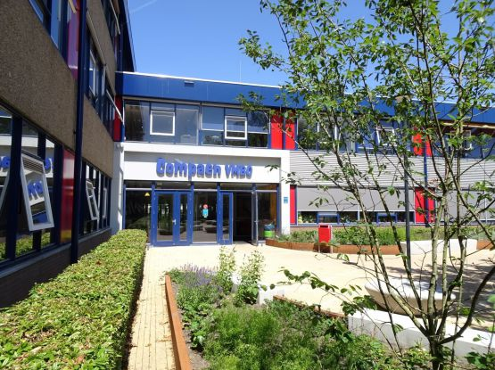 Glasvezel aanleggen voor 9 locaties  van het Openbaar Voortgezet Onderwijs (OVO) te Zaanstad.